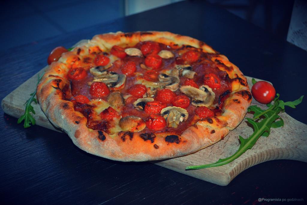 Domowa pizza włoska