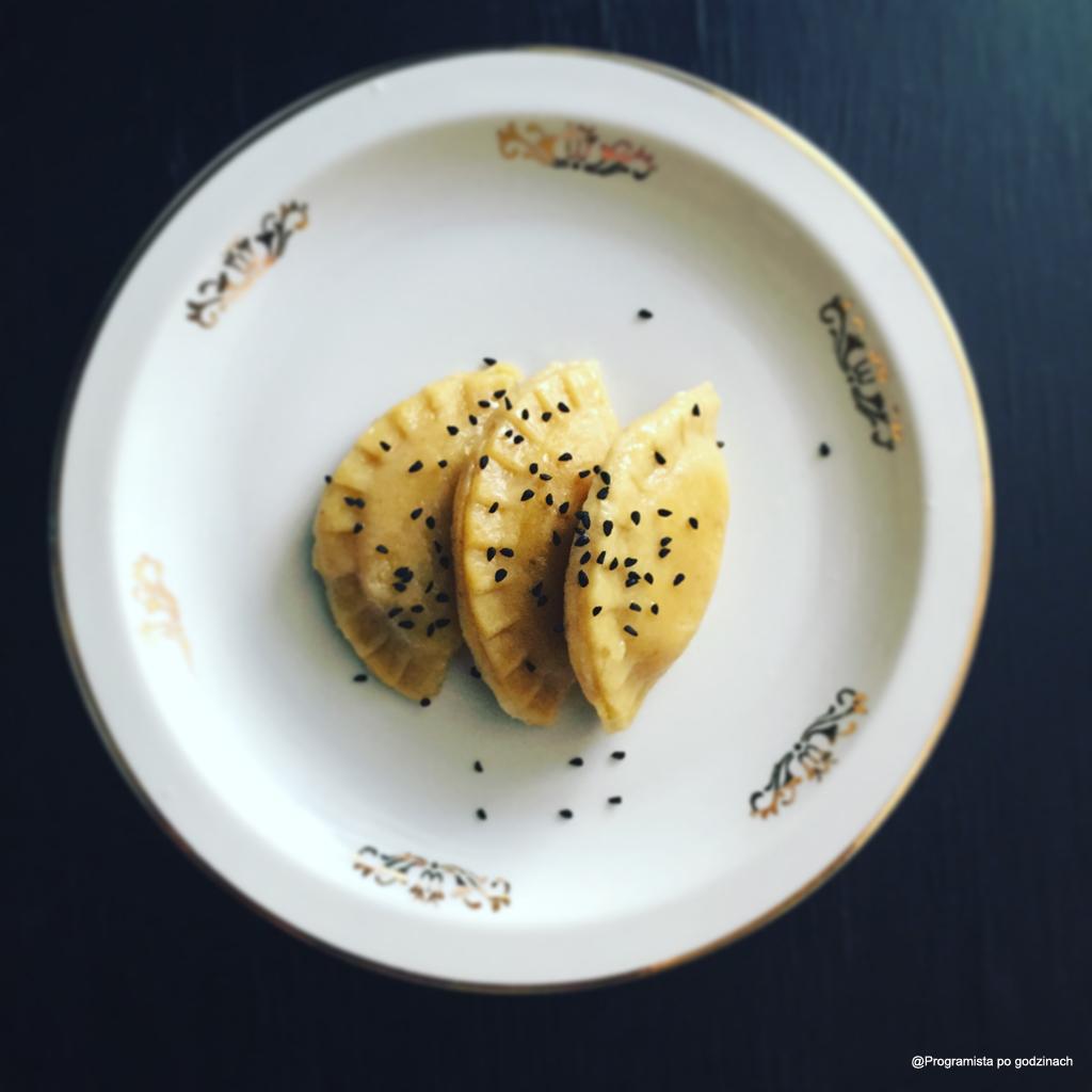 Pierogi curry