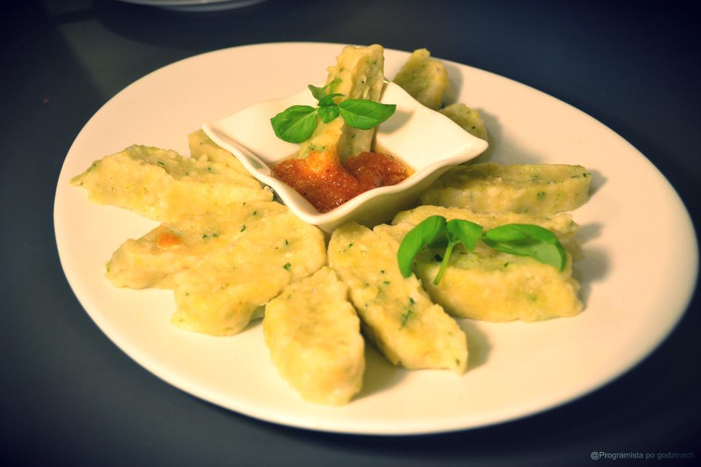 Leniwe gorgonzole z pesto bazyliowym
