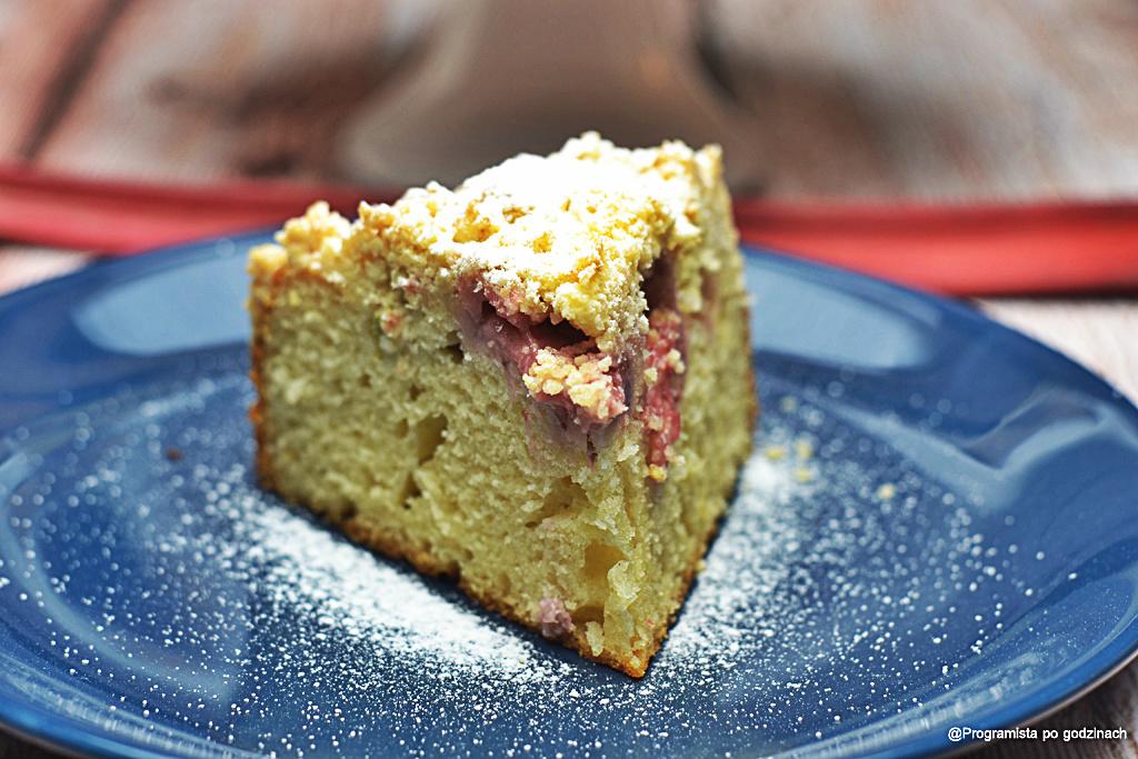 Wiosenne ciasto z rabarbarem i kruszonką bez cukru